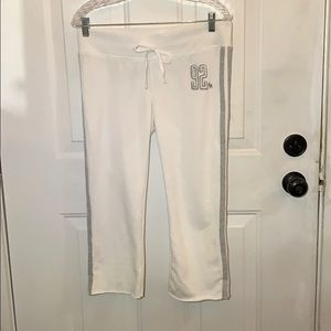 Abercrombie & Fitch White Capris Sweats Size Small